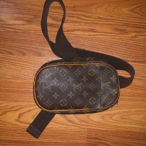"""Vintage Louis Vuitton Pochette Gange """"fanny pack"""""""